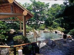 吉池旅館露天風呂