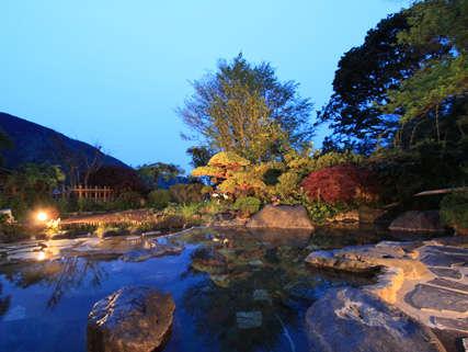 箱根湯本温泉 湯さか荘 庭園露天